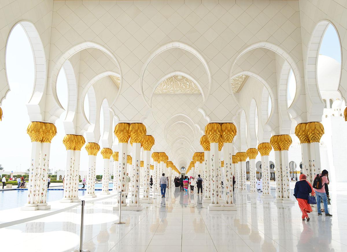 corridor-of-sheikh-zayed-mosque