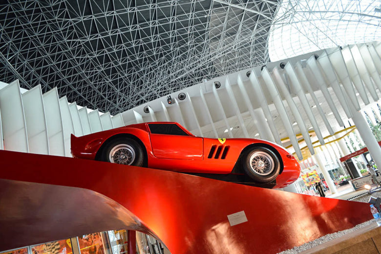 ferrari-welcoming-us-at-the-reception