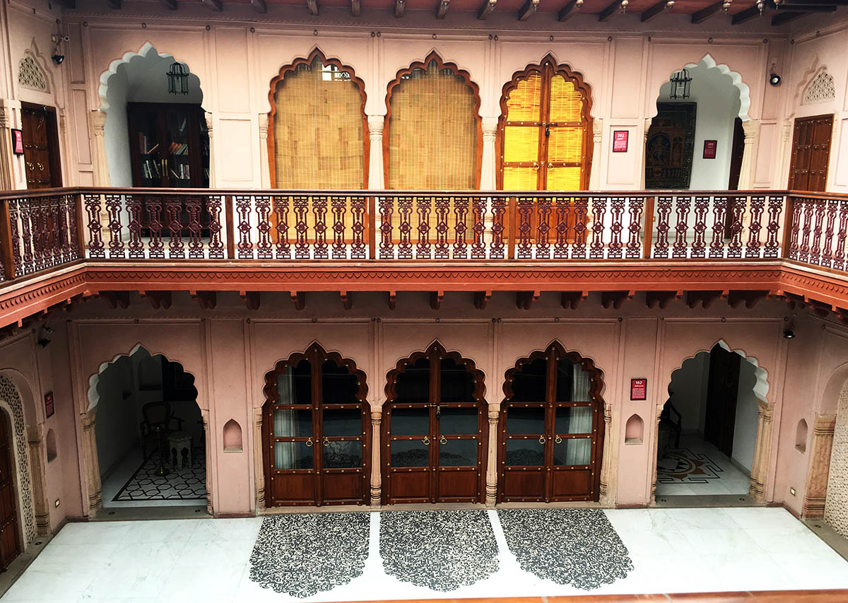 interior-of-lakhori-haveli-dharampura