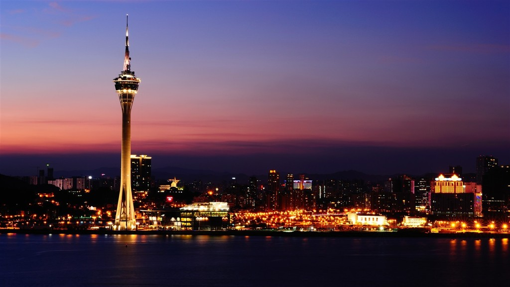 macau-tower-night-view