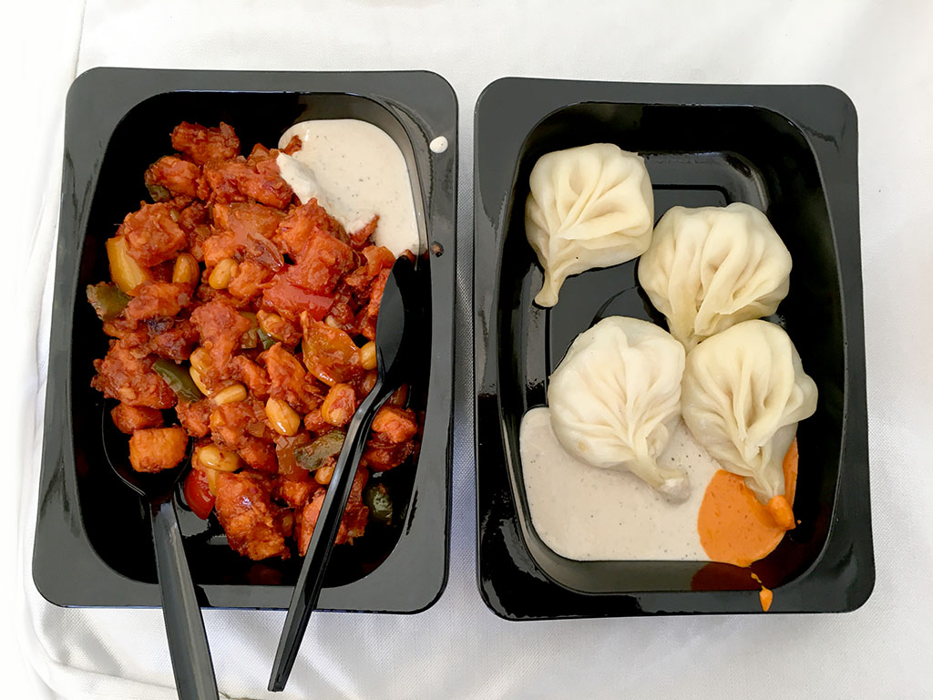 momos-and-fried-chicken-yeti-cafe