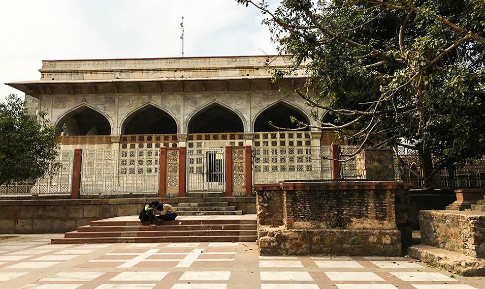 chausath-khamba
