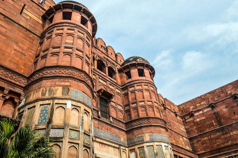 agra-fort-exterior